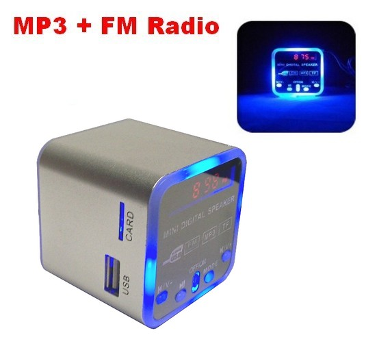 w rfel tragbar mini stereo mp3 musik player fm radio usb. Black Bedroom Furniture Sets. Home Design Ideas